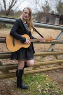 collette-with-guitar_25036204652_o