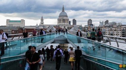 saint-pauls-cathedral-with-millennium-bridge_19958165711_o